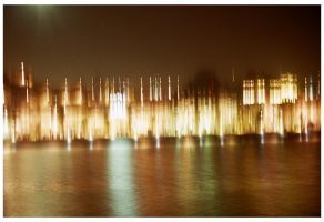 Blurry Nite - LOMO by jcorreia