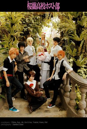 Cosplays - Página 2 Ouran__At_Your_Service_by_behindinfinity