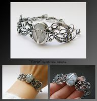 Eiric- wire wrapped bracelet by mea00