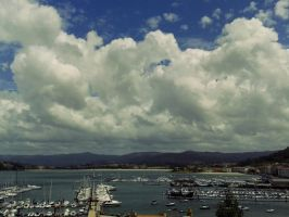 clouds in Baiona by koreguota