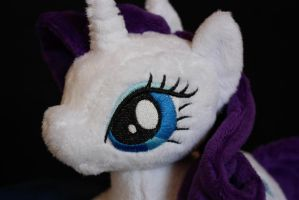 Rarity Shoulderpony by Siora86