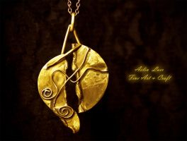 Sands Of Egypt pendant by Gwillieth
