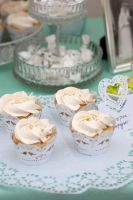 Romantic Wedding - Marzipan Chamgagne Cupcakes by Cailleanne