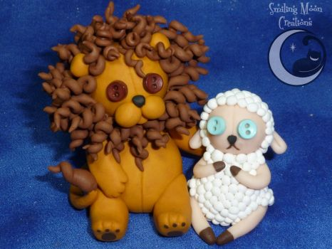 Cute as a Button Lion 'n Lamb by SmilingMoonCreations