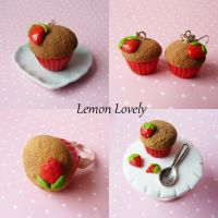 strawberry muffins by lemon-lovely