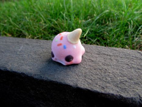 Dropped Icecream figurine by TheWonderCat