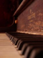 Piano by nakers97