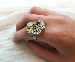 Clockwork Steampunk Ring by NBetween