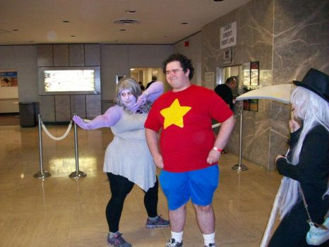 Steven and Amethyst at Roc-con 2016 by DragonStar731