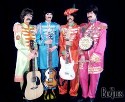 Sgt. Pepper's Lonely Hearts Club - Beatles Cosplay by Hikarulein