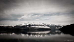 Lake Wanaka by juliekoesmarno