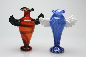 Winged Vases by davethecat