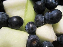 Honeydew Melon and Blueberries are Yummy by xM1NG0x
