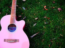 Pink guitar by marelparel