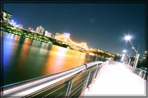 Brisbane At Night by ogt004