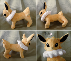 Standing Jolteon plush by Tedimo