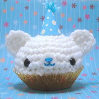 Birthday Cupcake bear whb by amigurumikingdom