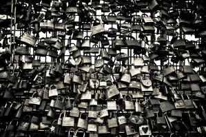 you say you love me and you give me padlock by ateist-kleranty