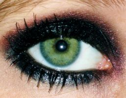 Taylor Momsen make up  Eye by Toxic-Sway