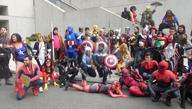 Bigger Marvel Gathering Group Photo at NYCC 2015 by R-Legend