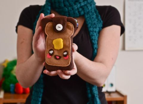 Tutorial: Cute Toast iPhone pouch by marywinkler