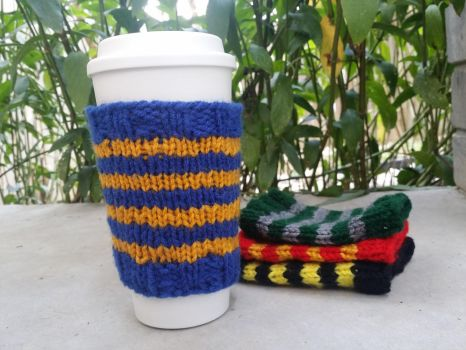 Hogwarts House Coffee Tumbler Knit Sleeve by The-love-of-Crochet