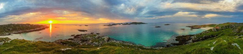 Sea of the Hebrides by Measels