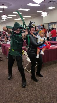 Green Arrow, Catwoman and Wonderbaby by Shippuden23