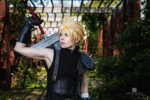 Cloud Strife FFVII REMAKE P02 by SerinuCeli