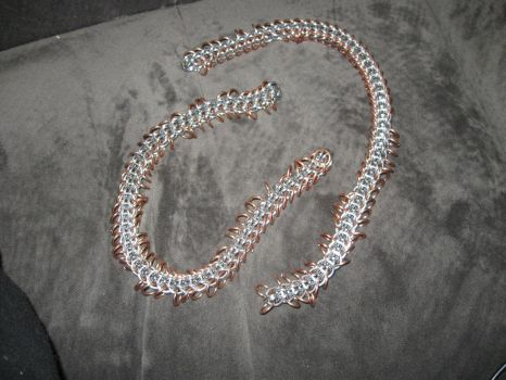Persian 6-in-1 Chainmaille Chain with 'legs' by rushtalion
