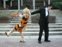 Get back here, Arcanine... by Risike