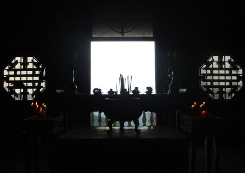 Thien Kung's altar by matcha