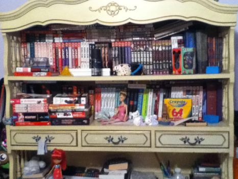 My shelf of manga ouo by IHoldUp