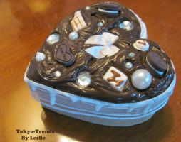 choco deco heart box1 by Tokyo-Trends