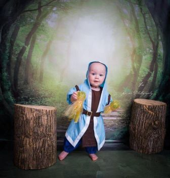 Clash of Clans - Baby Wizard by Linksliltri4ce