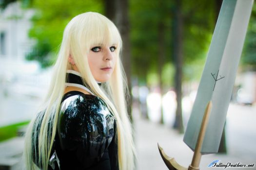 Claymore: Alicia Cosplay by VariaK