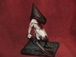 PyramidHead sculpture done-1 by Meadowknight