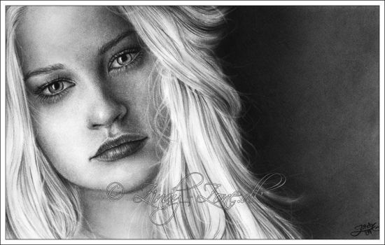 Emilie De Ravin ll by Zindy