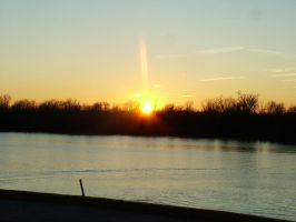 Sunset on the Mississippi by freeagent01