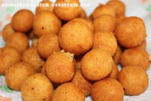 Cheese balls by FilippoGonzales
